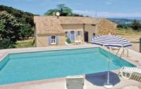 Location de vacances Salazac Location de Vacances Holiday home St. Julien de Peyrolas QR-1315
