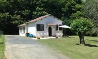 Location de vacances Saint Solve Location de Vacances Holiday home le Gauliat