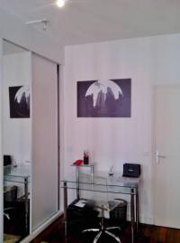 gite Paris 8e Arrondissement Apartment rue Lebouteux