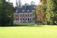 Location de vacances Autricourt Location de Vacances Château du Breuil