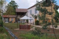 Location de vacances Esclassan Labastide Location de Vacances Chez Janne