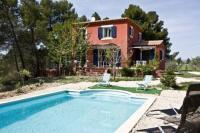 Location de vacances Sassierges Saint Germain Location de Vacances Villa in Puy Ste Reparade