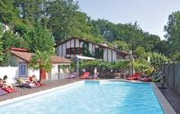 Location de vacances Saint Martin d'Arberoue Location de Vacances Holiday home La Bastide Clairence 41 with Outdoor Swimmingpool