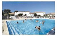 gite Saint Sulpice de Royan Apartment Le Chateau d'Oléron 31 with Outdoor Swimmingpool