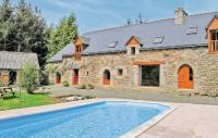 Location de vacances Plaine Haute Location de Vacances Holiday home Plouvara with Outdoor Swimming Pool 353