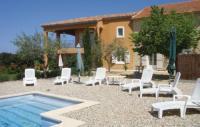 Location de vacances Tulette Location de Vacances Holiday home Visan with Mountain View 426