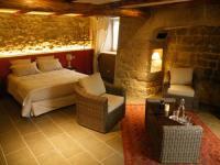Location de vacances Ruynes en Margeride Location de Vacances Les Pierres d'Antan