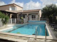 Location de vacances Saint Laurent d'Aigouze Location de Vacances Villa Lombrine