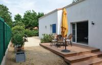 gite Saint Denis du Payré Four-Bedroom Holiday home Longeville Sur Mer with a Fireplace 08