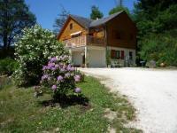 Location de vacances Saint Yrieix le Déjalat Location de Vacances Woodlands Le Poncheral