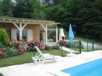 Modern Chalet in Neuvic with Private Swimming Pool-Oree-du-Bois