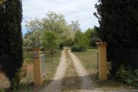 Location de vacances Cotignac Location de Vacances Four-Bedroom Holiday Home Cotignac