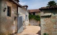 Gîte La Chapelle Montmoreau Gîte Maison de Verneuil
