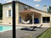 Location de vacances Cuzorn Location de Vacances Holiday Home Au Bouy