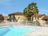 Location de vacances Bourdalat Location de Vacances Familly Villa Gers