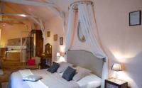 Location de vacances Bruc sur Aff Location de Vacances L'Hostellerie - Café Du Village (B-B Insolite - Pub)