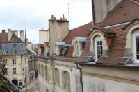 tourisme Dijon L'Amiral Sous Les Toits