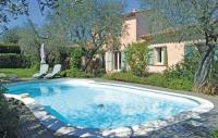 Location de vacances Auribeau sur Siagne Location de Vacances Three-Bedroom Holiday home Grasse with a Fireplace 04