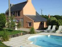 Cozy Vacation Home in Concarneau with Swimming Pool-Villa-Les-Sables-Blancs