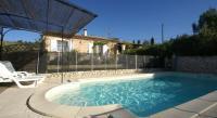 Location de vacances Lagarde d'Apt Location de Vacances Villa - Villars