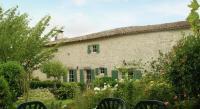 Gîte Couhé Gîte Maison De Vacances - St. Macoux