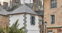 tourisme Saint Martin des Entrées La Plus Petite Maison De France