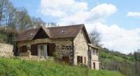 Gîte Noailhac Gîte Maison De Vacances - Serilhac