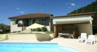 Gîte Ladirat Gîte Maison De Vacances - Belmont-Bretenoux