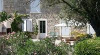 Location de vacances Saint Laurent d'Aigouze Location de Vacances Domaine De Chaberton Maison Le Flamant Rose