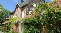 Location de vacances Le Mesnil Rogues Location de Vacances Maison De Vacances - Sourdeval-Les-Bois