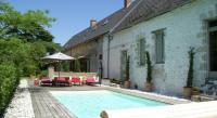 Gîte Rouvray Sainte Croix Gîte Maison De Vacances - Saint-Peravy-La-Colombe