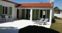 Location de vacances La Couarde sur Mer Location de Vacances Rental Villa Ile De Re Grand Jardin Clos