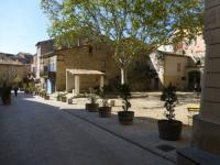 Location de vacances La Motte d'Aigues Location de Vacances La Maison De Césarie
