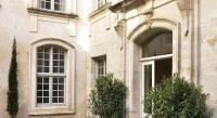 gite Robion Maison Mademoiselle Avignon