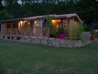 Gîte Lalevade d'Ardèche gite du devez des bruyéres