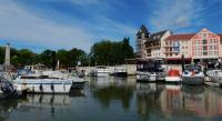 Location de vacances Butry sur Oise Location de Vacances Appart Port Cergy