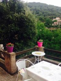 Location de vacances Tavera Gite au village