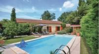 gite Caromb Holiday Home Tulette with a Fireplace 01