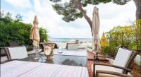 gite Beausoleil Stylish appartement on the board of the sea
