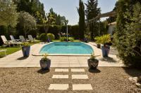 LES GLYCINES - N° 280417-piscine-accueillante