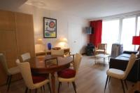 gite Suresnes Apartment Michel