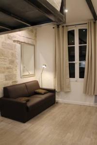 gite Barbentane Studios entre le Pont d' Avignon et le Palais des Papes