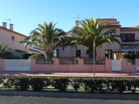 Holiday Home LES PALMIERS-Les-Palmiers
