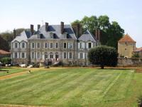 Gîte Saint Martin des Fontaines Gîte Château des Noces