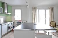 gite Paris 1er Arrondissement Charming Bright Flat