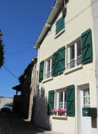 gite Saint Martin l'Ars Holiday Home Rue Casse Cou