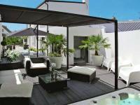 gite Saint Jean Trolimon villa black and white