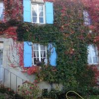 Location de vacances Asnan Location de Vacances Les Volets Bleus