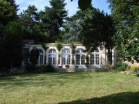 tourisme Maurepas L'Orangerie White-Palacio