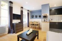 gite Paris 18e Arrondissement Apartment Moulin Rouge - rue Lepic